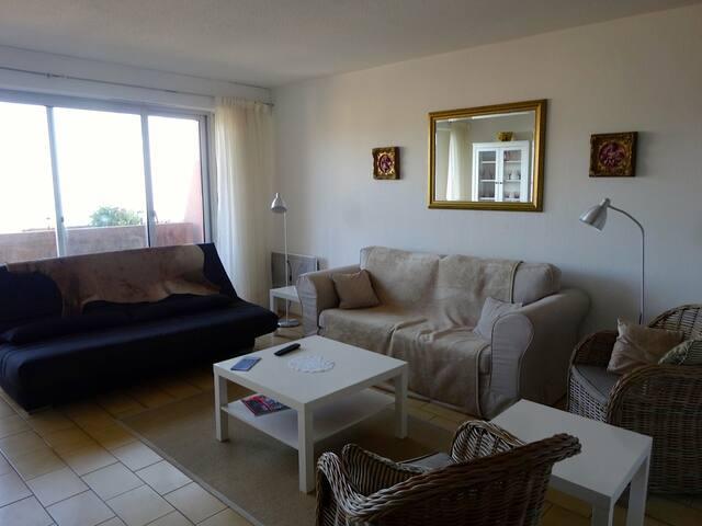 Appartement 3 pièces, garage, balcon, vue mer