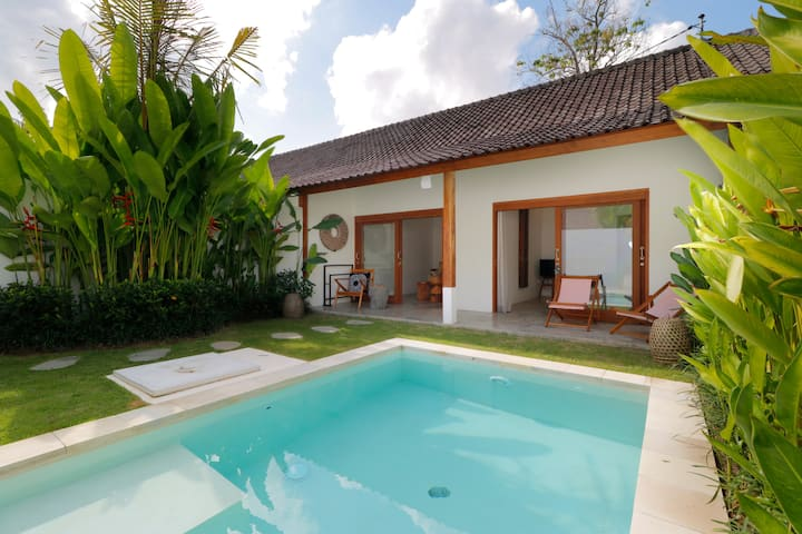 Deluxe room with pool view  in Ubud