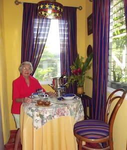 Villa Imperial La Cabaña - Corozal, Belize - Corozal - Apartment