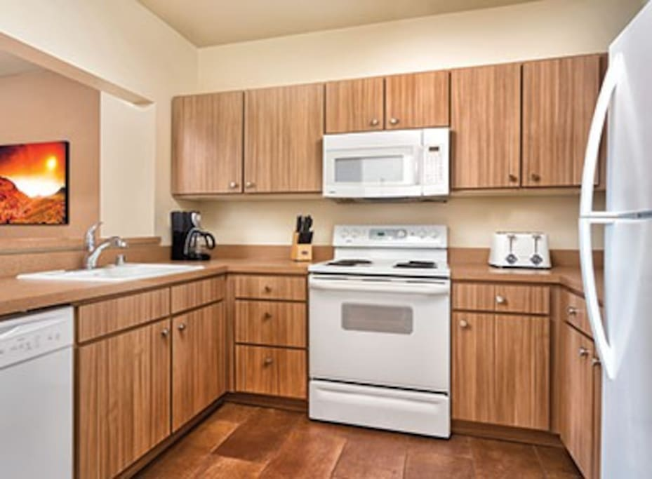 Full Kitchen w/ Dishwasher