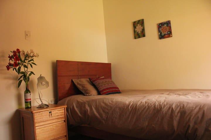Single Room+Breakfast Sachi Ayni Guesthouse