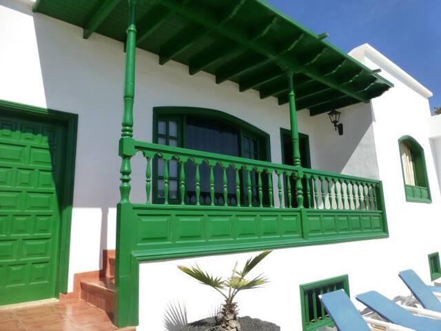 """Habitación """"Rosa""""  - Finca Rural - Lanzarote"""