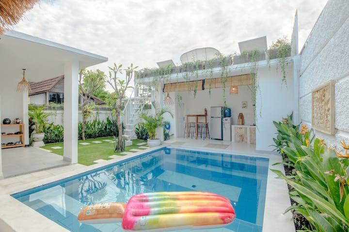 Cozy villa in quiet Canggu area