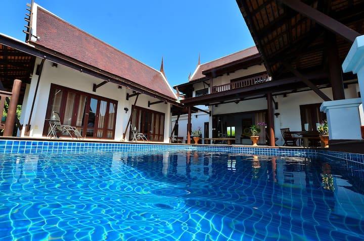Wonderful villa overlooking Cape Mae Phim