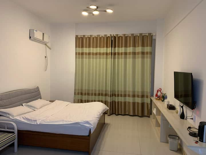 泰豪名城公寓斯维登公寓式酒店吾悦广场商圈交通便利