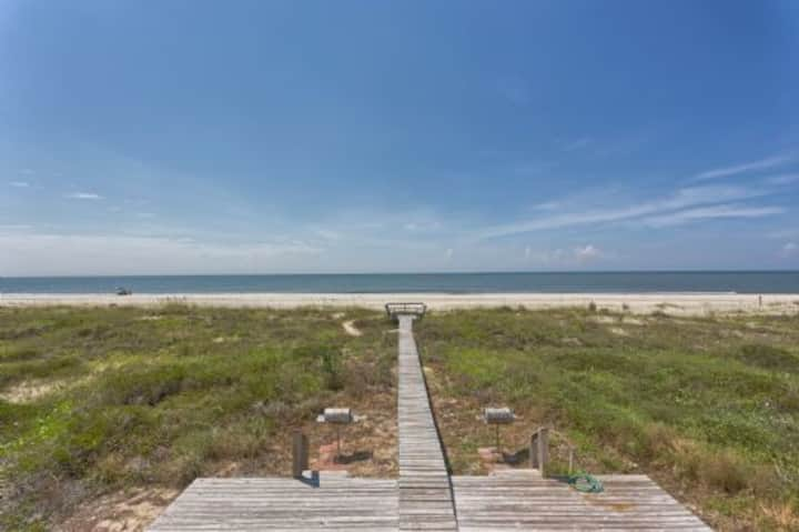 Beach Front, Indian Pass, Quiet Beach, Triplex ~ Pelican Landing 2