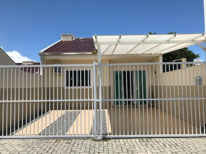 Casa 100 m do mar - Praia Eliana- 3 Q- Suite