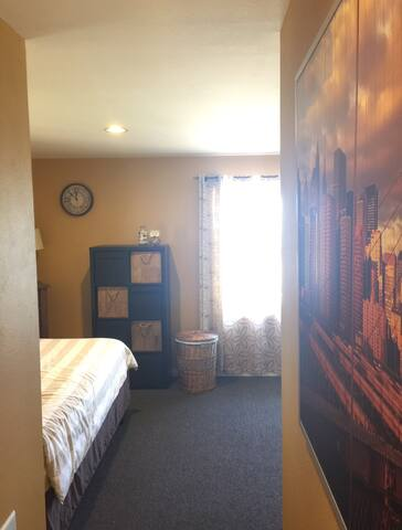 Private Room 1 - Calabasas Home w/ Panoramic Views