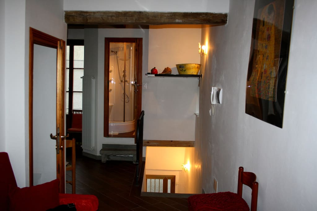 corridoio tra sala e cucina