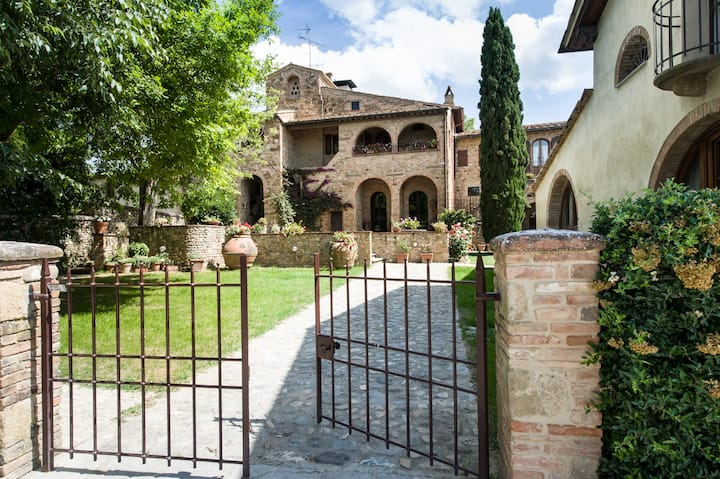 Villa Gelsomino, your dream in Tuscany