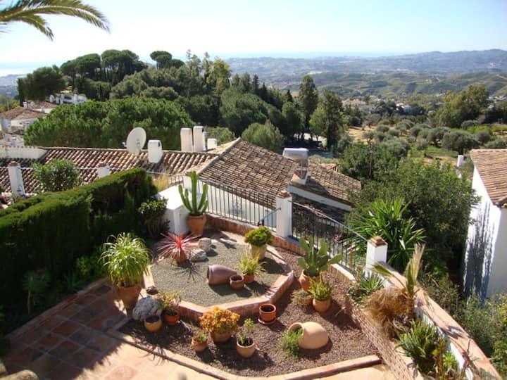 Stunning villa with amazing views near to Mijas