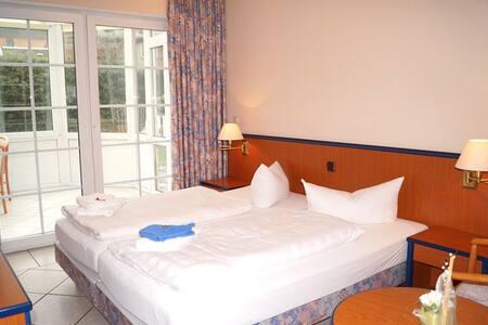 Schlafzimmer 1 Fewo 1