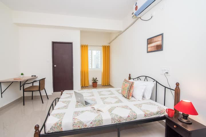 Studio room near Hitech City & Gachibowli in Hyd