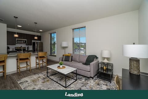 Landing | Modern Apartment with Amazing Amenities (ID2517)