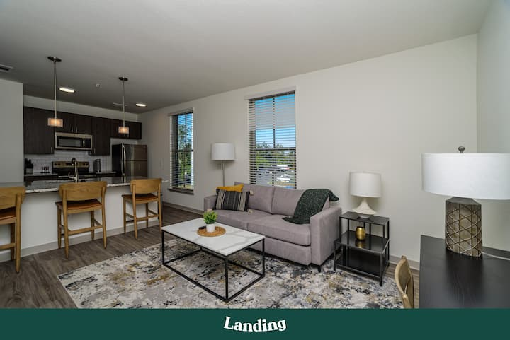 Landing | Modern Apartment with Amazing Amenities (ID2517)