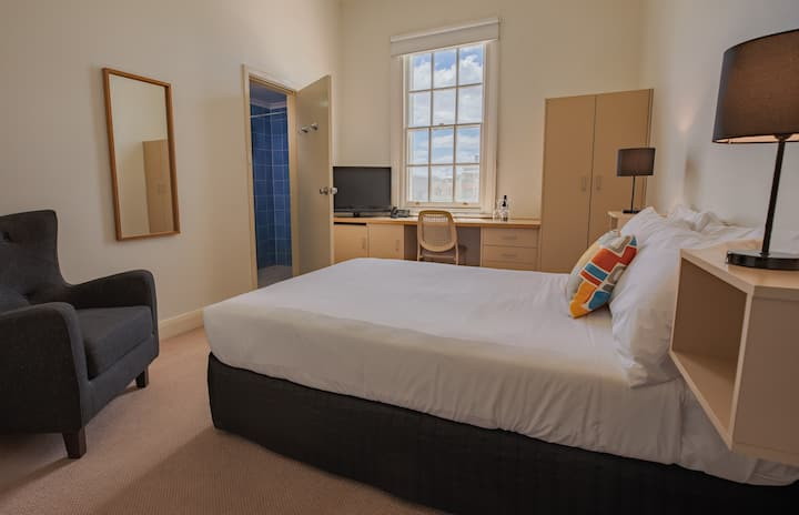 Standard Double Room at Ozone Hotel located on the Kingscote waterfront