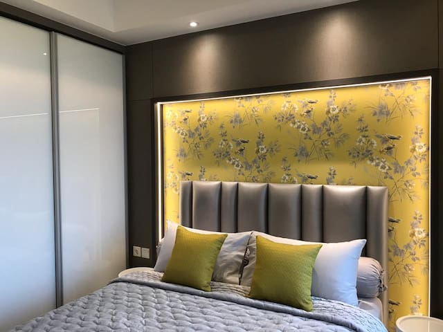 Modern Sea View Gold Coast Studio #08 Apartment
