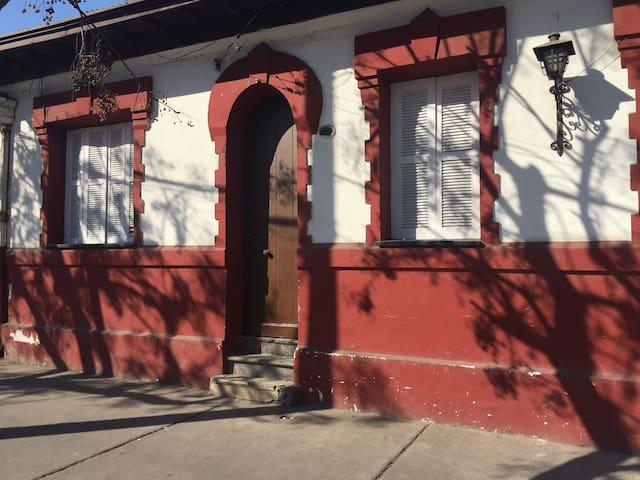 Hostal Patria Vieja, alojamiento compartido - Santiago - Bed & Breakfast