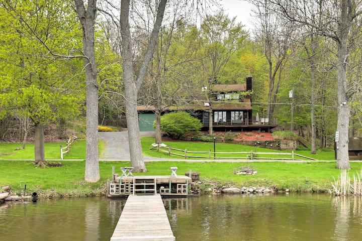 3BR Wolcott Lakehouse for Spring & Summer Vacation