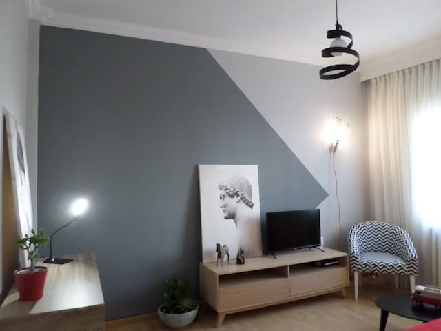 2 bed flat at a wonderful location close seaside!! - Thessaloniki - Appartement