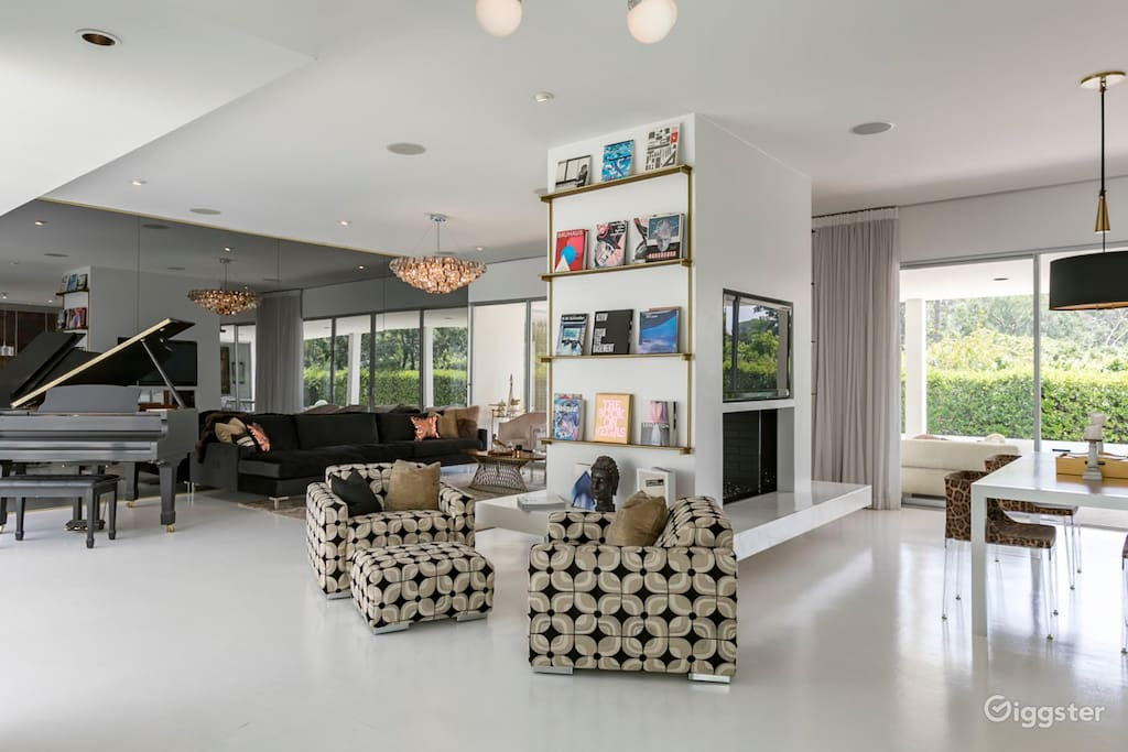 large pasadena airbnb luxury home