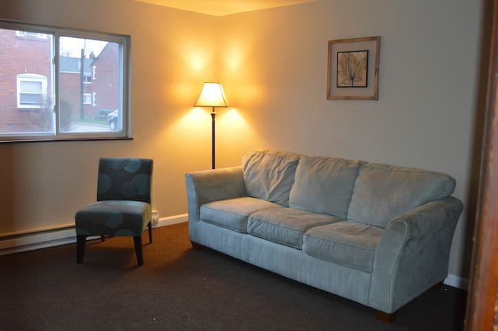 2 Bedroom Close to Airport - Pittsburgh - Appartement