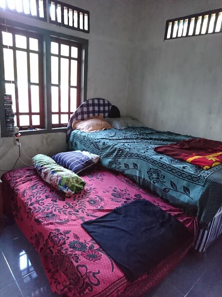 Rumah singgah Ikhlas Wijaya