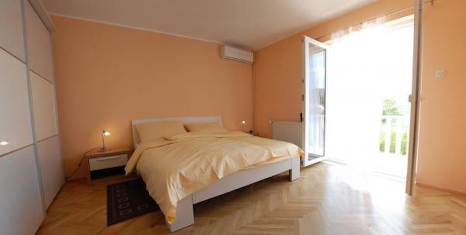 Apartment Deluxe A - Slano - Pis