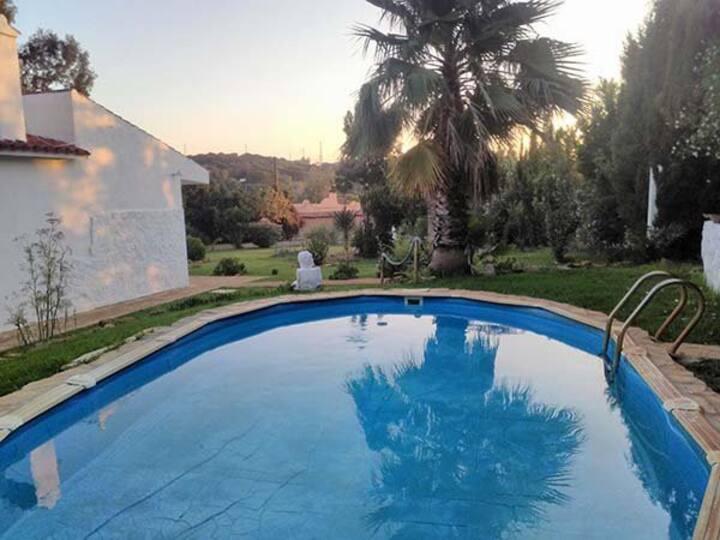 Gemütliches Ferienhaus mit Pool - Casa Nikoleta