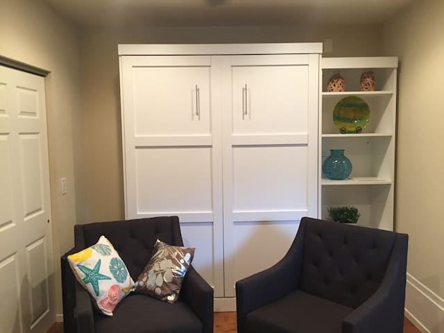 Sitting area with Murphy bed