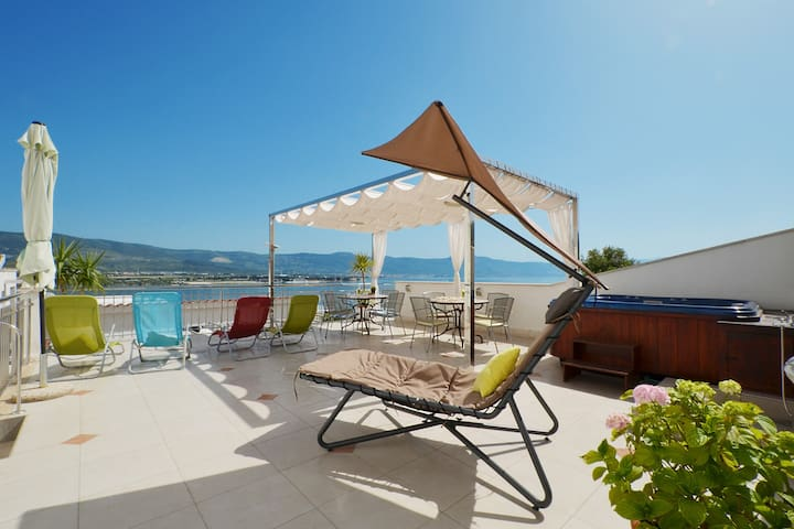 TROGIR Luxury Tulip Deluxe w/pool