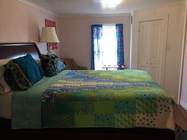 Bay Breeze Room