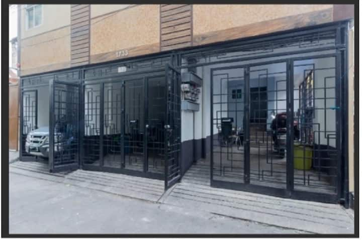 Studio nr Jose Reyes, San Lazaro, LRT Tayuman stn