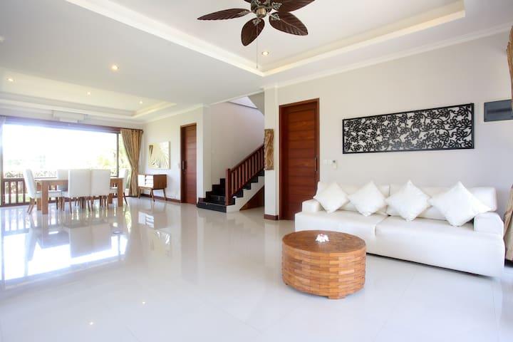 Luxury beach villa in Balian, Bali - West Selemadeg - Villa