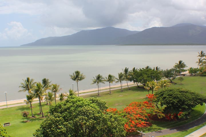 Malibu 6. Self Contained, free WiFi - Cairns North - Appartamento