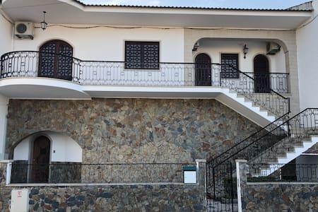 Casa espaçosa e moderna em Alcains