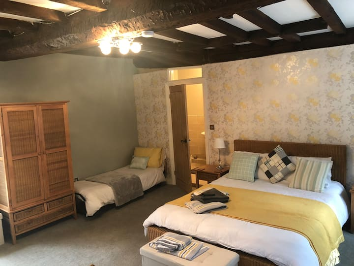 COVID secure.Beautiful accommodation with en-suite