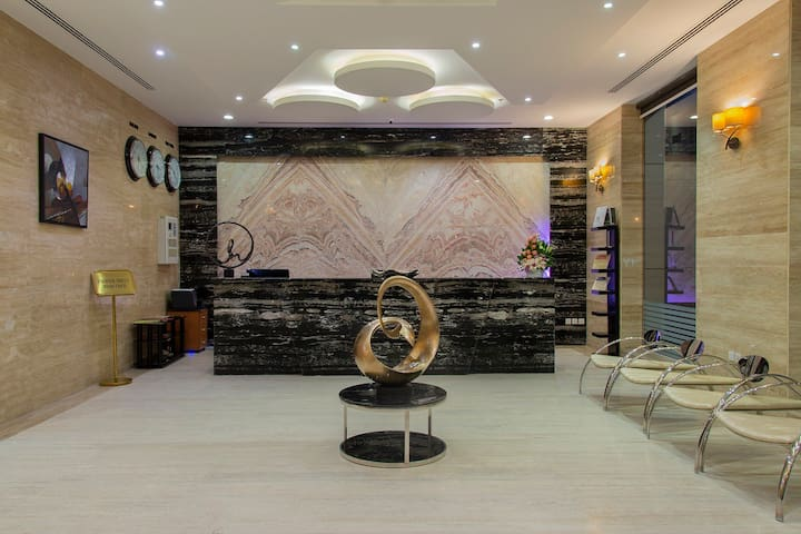 EXPANSIVE 1  BR WITH BREAKFAST,  AT AL ARZ STREET
