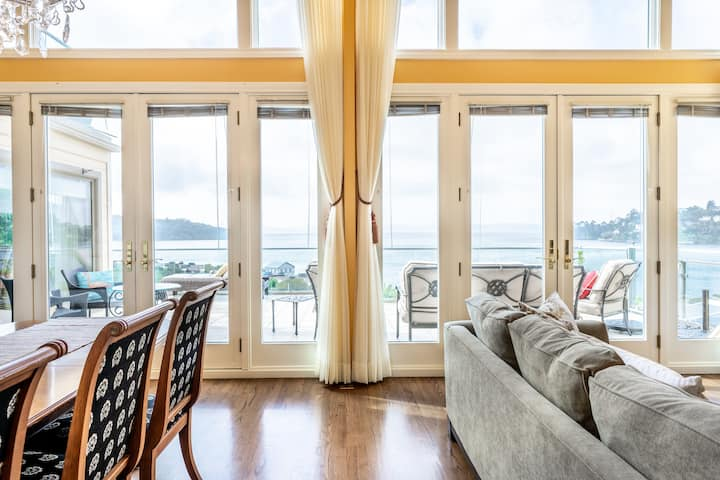 Stunning Bay Views in Bright, Luxury Tiburon Home