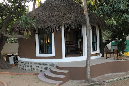 Luxury Indian Hut in Horse Ranch - House