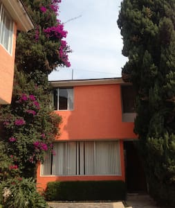 Habitación pequeña pero acogedora - Mexiko-Stadt