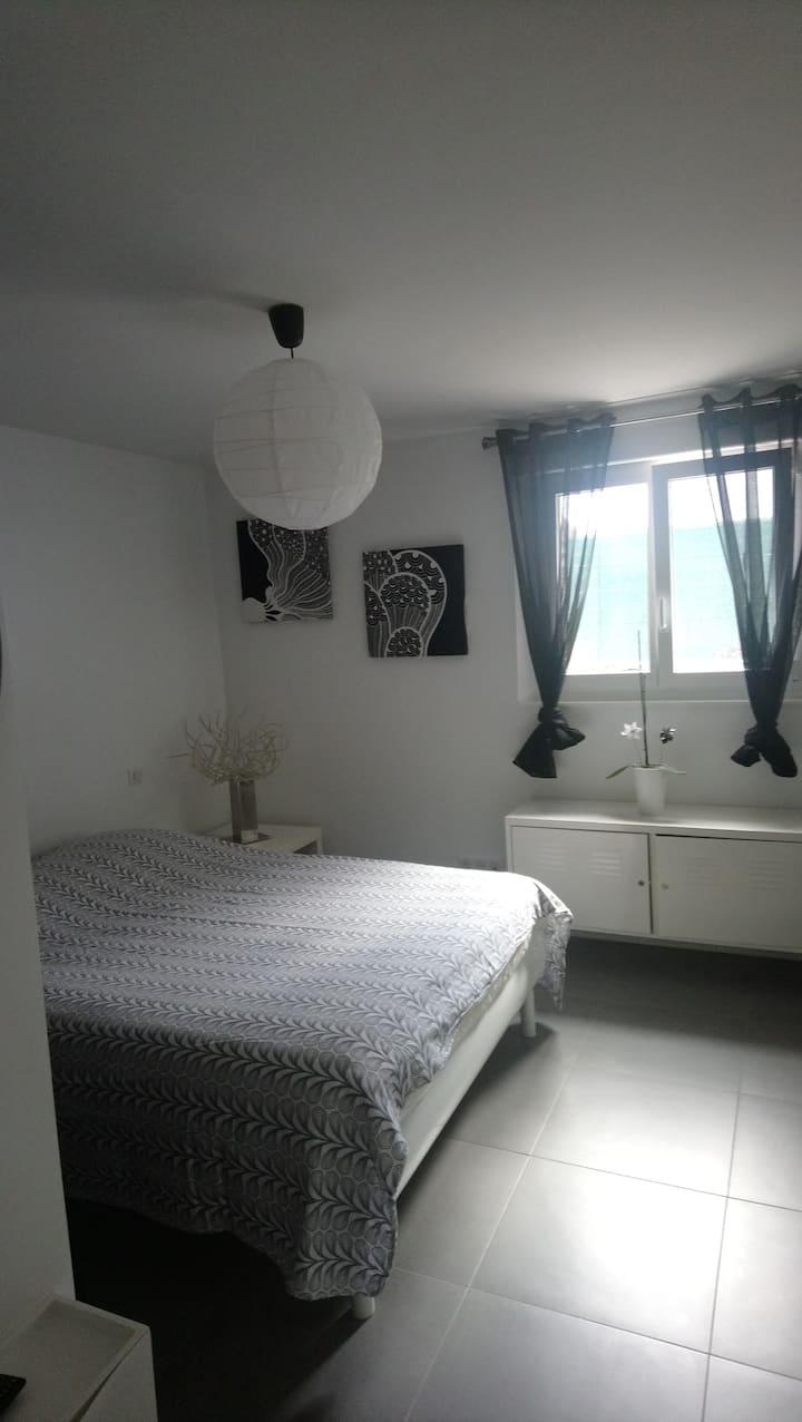 Studio confortable dans maison individuelle