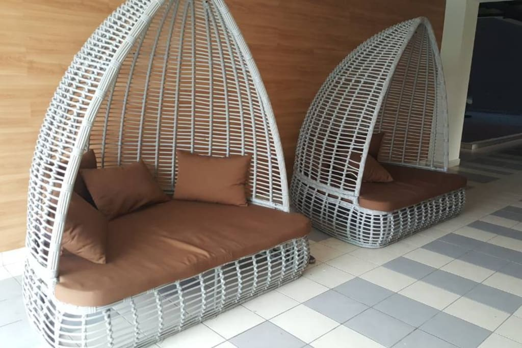 RESTING AREA AT SWIMMING POOL