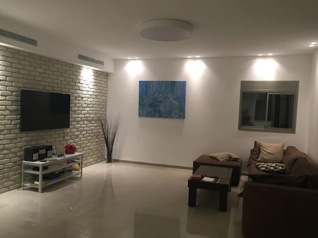 Luxurious Penthouse 4x2 Beds Kiriat Haim (HAIFA) - 海法 - 公寓