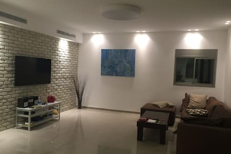 Luxurious Penthouse 4x2 Beds Kiriat Haim (HAIFA) - Хайфа