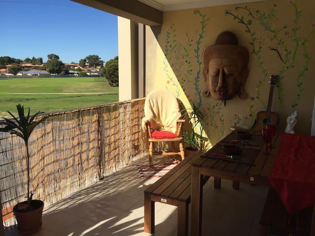 Brand New Furnish Apartment close to Fremantle - Hamilton Hill - Byt