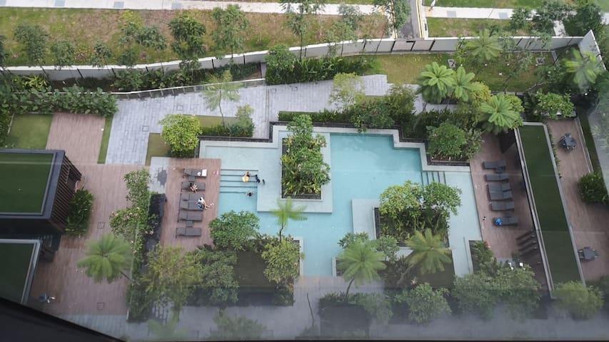 Suburban Condo Space with Full Suite of Facilities