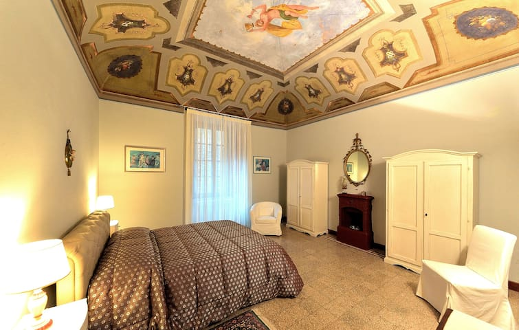 1800s house & garden close to the Spa GrottaGiusti - Monsummano Terme - Apartamento