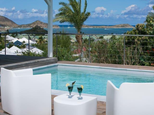 Villa Alanca, Orient Bay vue Anguilla à  St Barth