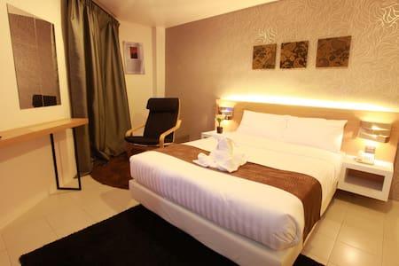 DWJ Hotel Deluxe Suite - Ipoh - Bed & Breakfast